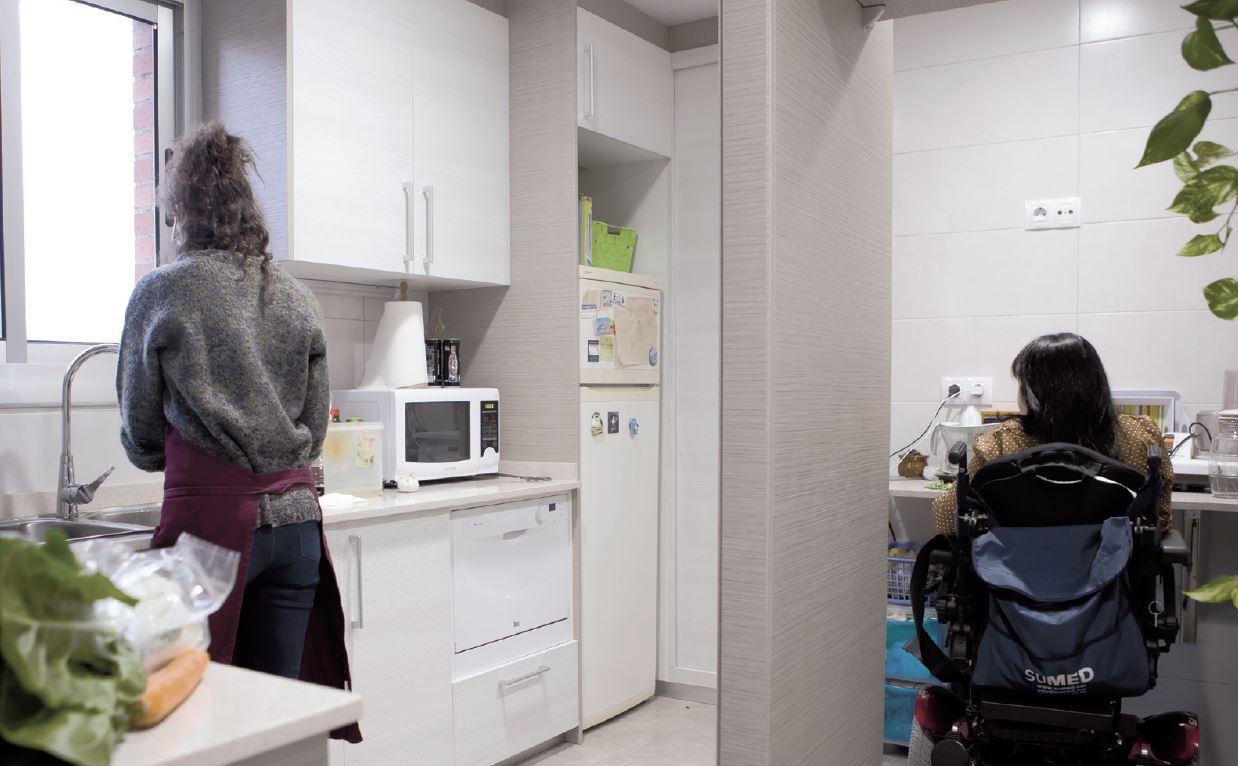 La llave a la vida independiente: el derecho a la vivienda accesible y asequible