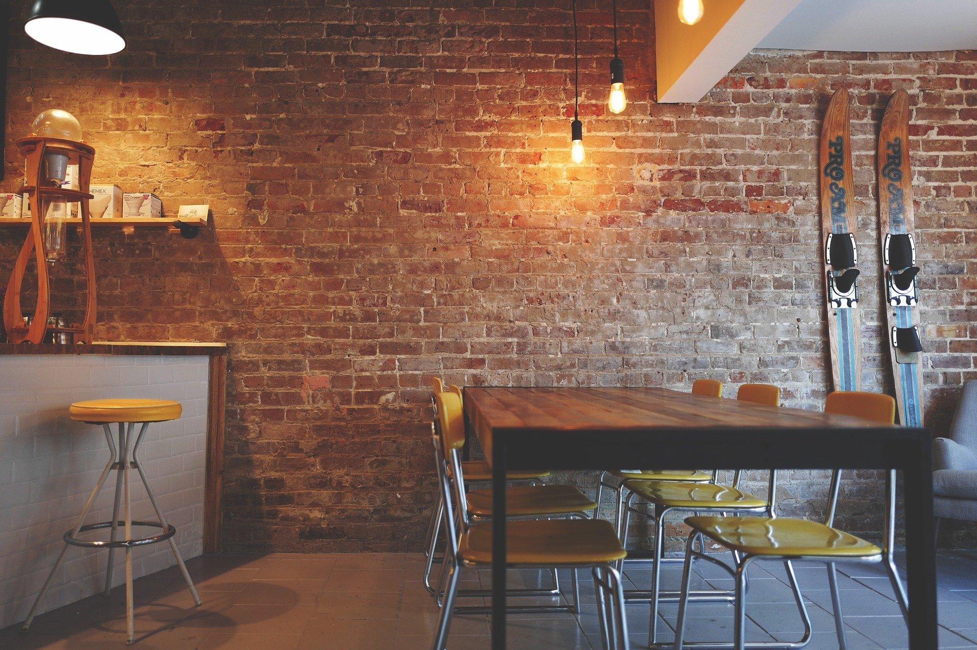 Com aconseguir que un bar, restaurant o cafeteria siguin accessibles