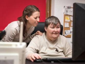 España destierra la incapacidad legal de las personas con discapacidad